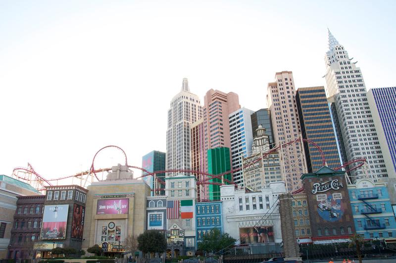 New York New York Hotel (Las Vegas) 2 versions P906817252-4